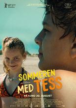 Plakat filmu Niezwykłe lato z Tess